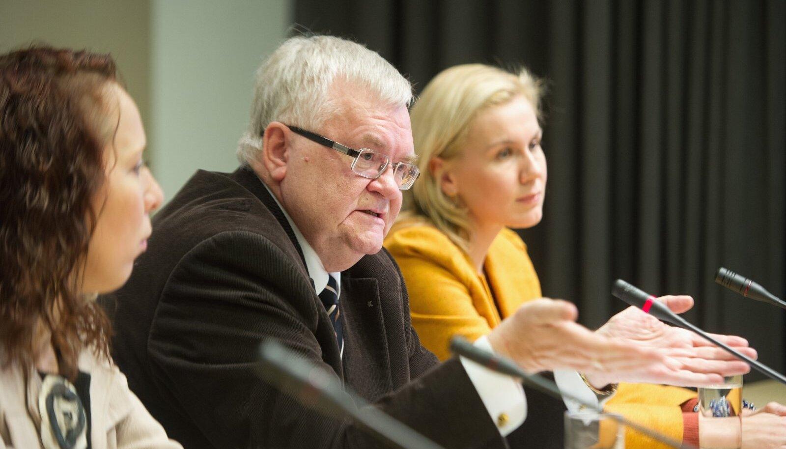 Keskerakonna tuumik Mailis Reps, Edgar Savisaar ja Kadri Simson 2012. aastal