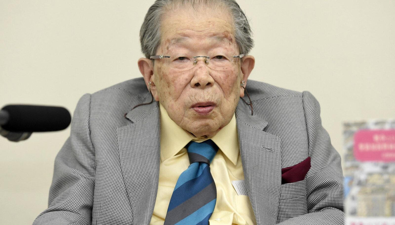 Shigeaki Hinohara 103-aastasena.