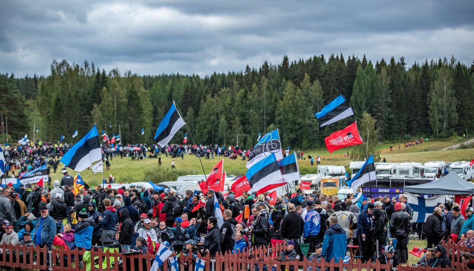 Tuhanded Eesti rallifännid on harjunud Ott Tänakule võõrsil kaasa elama.