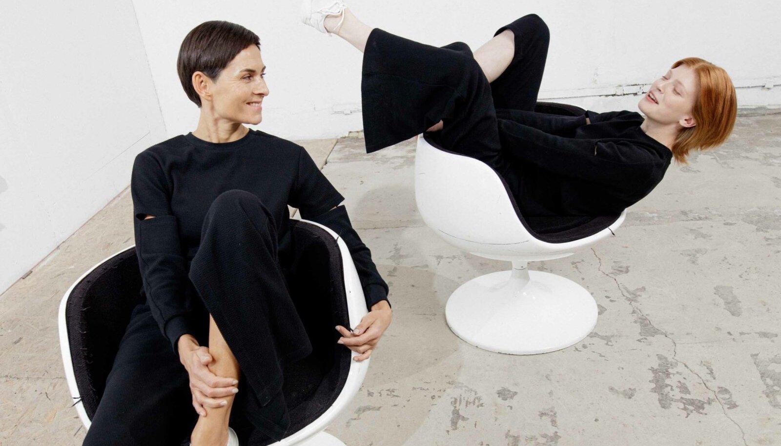 ELLEN RICHARD. Modellid: Arina Besedina ja Anna Litvinova