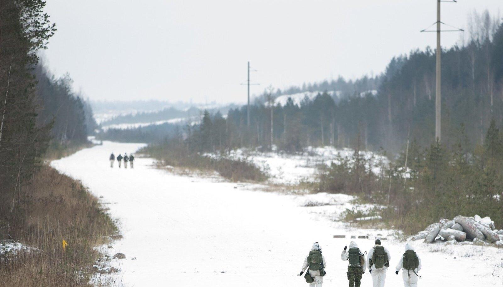 """Sõjalis-sportlik patrullvõistlus """"Utria Dessant 2018"""" toimus Jõhvi lähistel 20 korda. Piltidel Kaitseliidu Tallinnamaleva Meredivsjoni võistkond."""