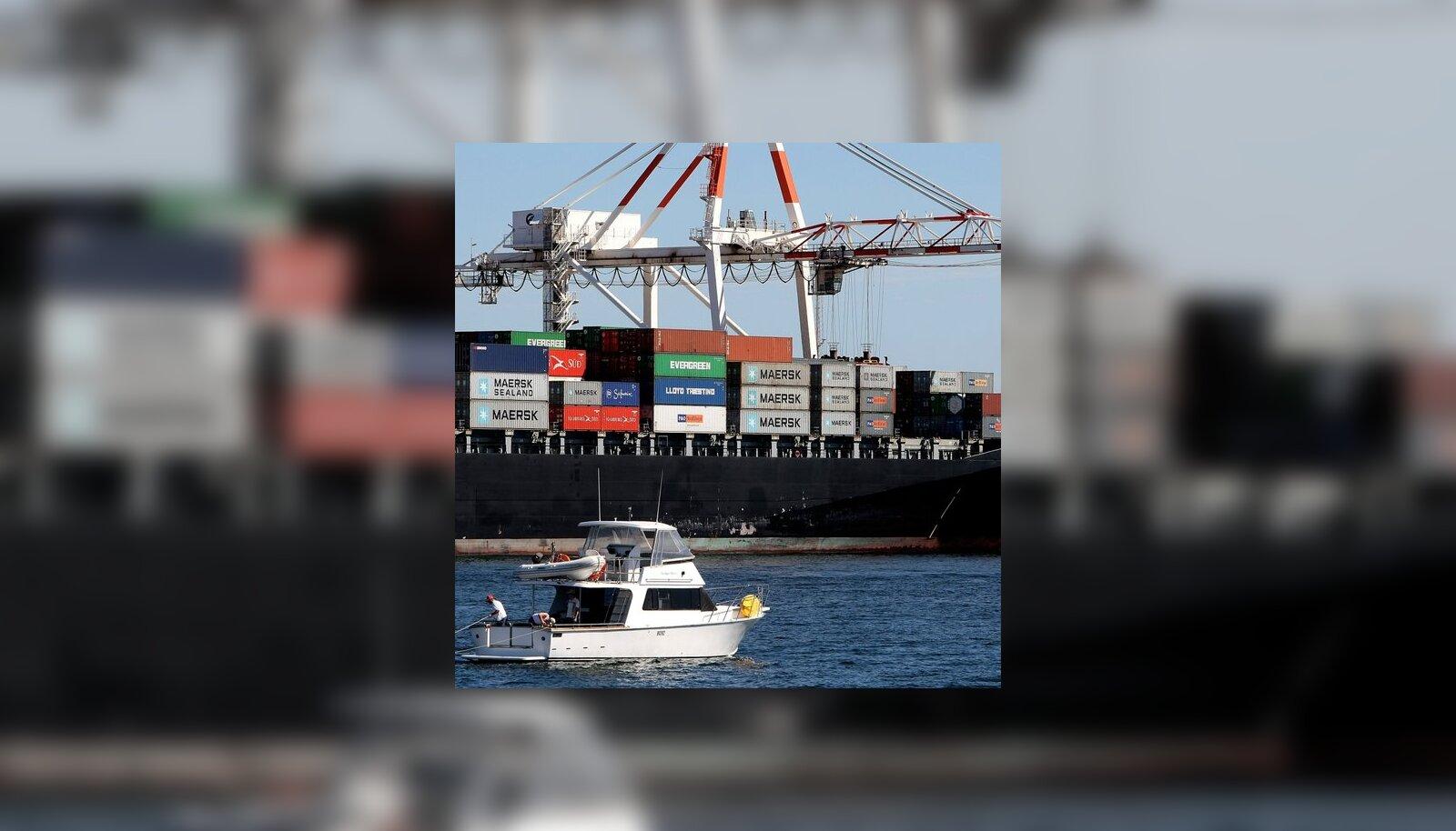 Meremehed pääsevad aastasest sundvangistusest Eesti laevalt