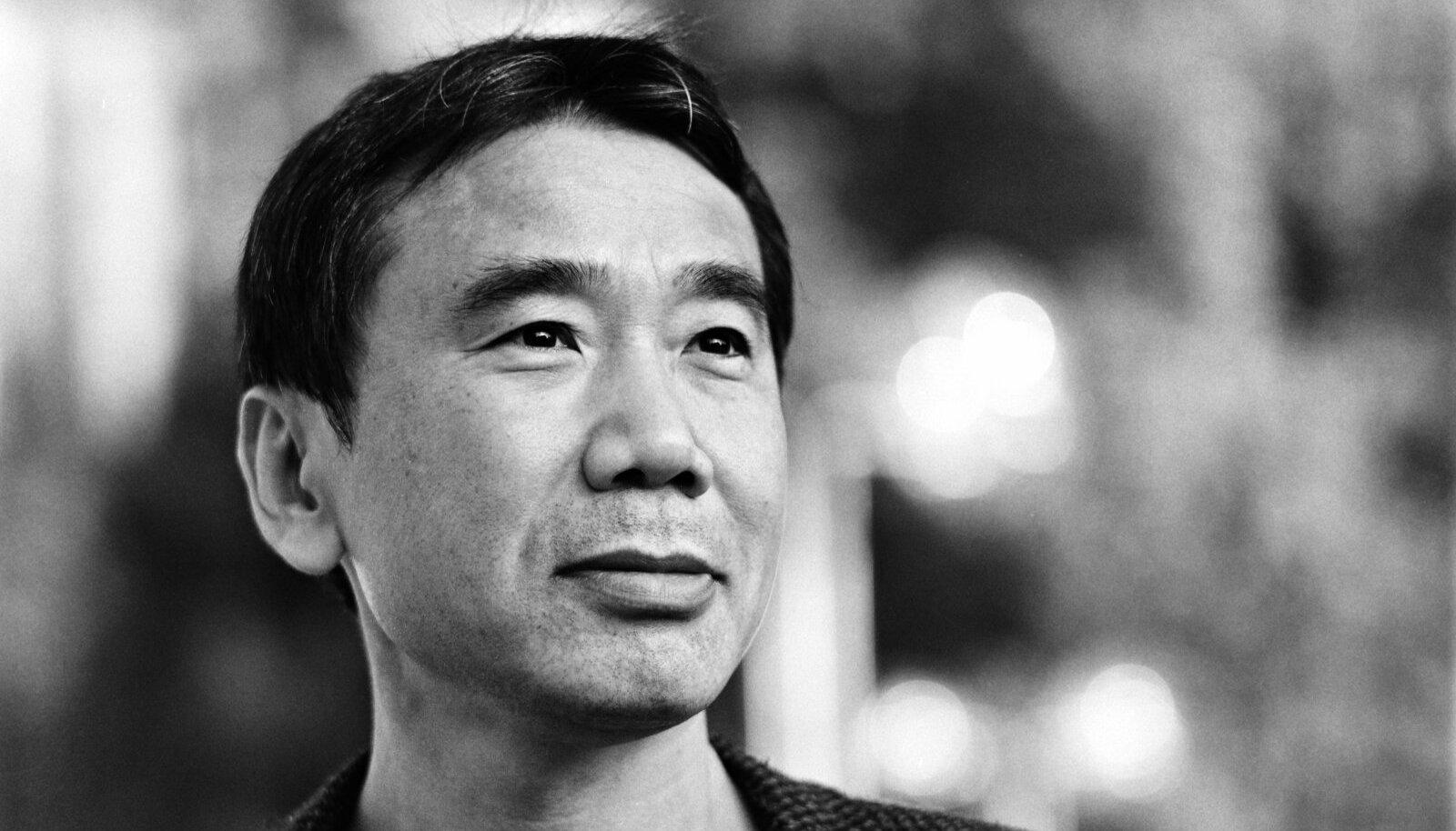 VÕTAB ISIKLIKULT: jaapani kirjaniku Haruki Murakami uues raamatus on kaheksa kummalist juttu.