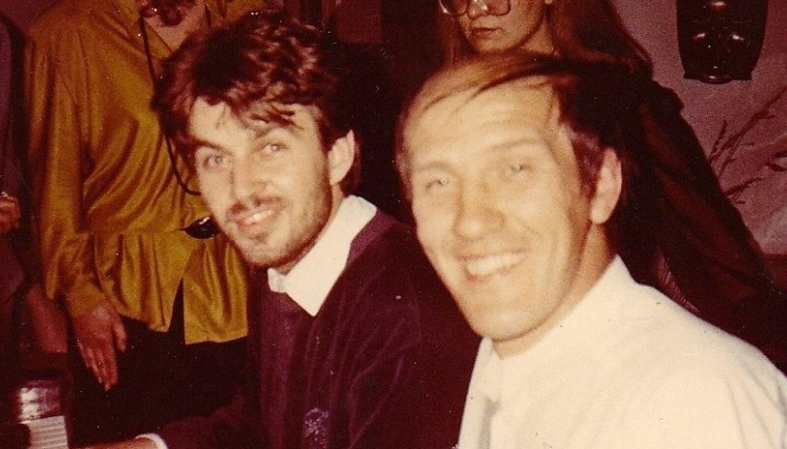 1983: Sven Kullerkupp Olav Ehala juures kodus peale Heidi Tamme kontserti.