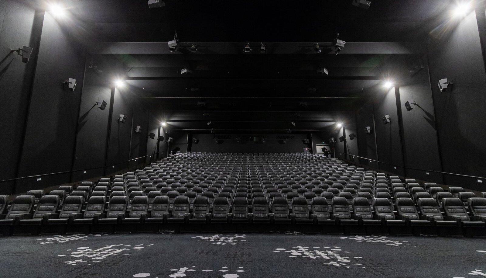 """Coca-Cola Plaza iSense saal. Esimene ärajäänud kinoseanss oli """"Quiet place 2"""""""