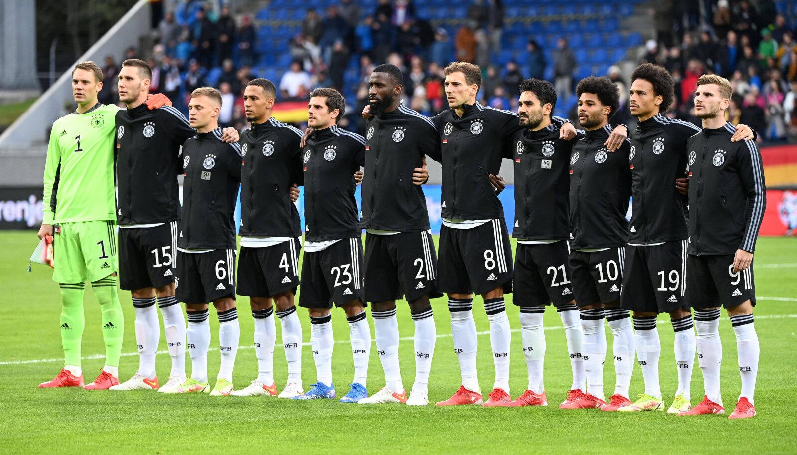 Saksamaa koondis enne Islandiga mängu