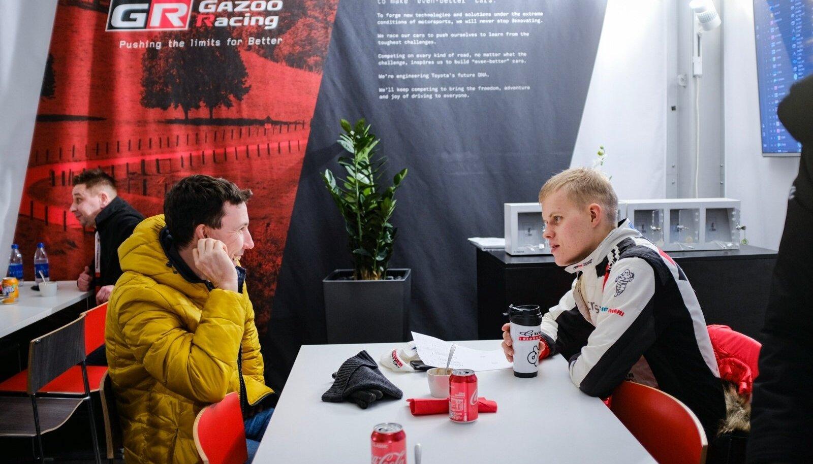 Ott Tänak ja Markko Märtin pärast Rootsi ralli reedest päeva.