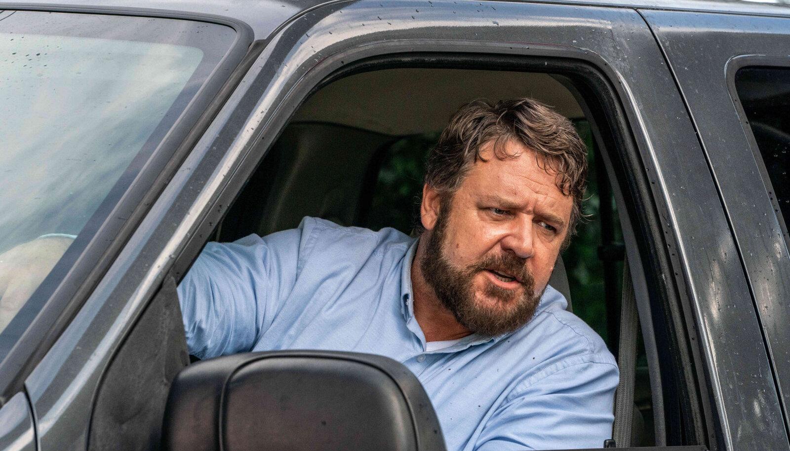"""Russell Crowe filmis """"Pidurdamatu"""" (""""Unhinged"""")"""
