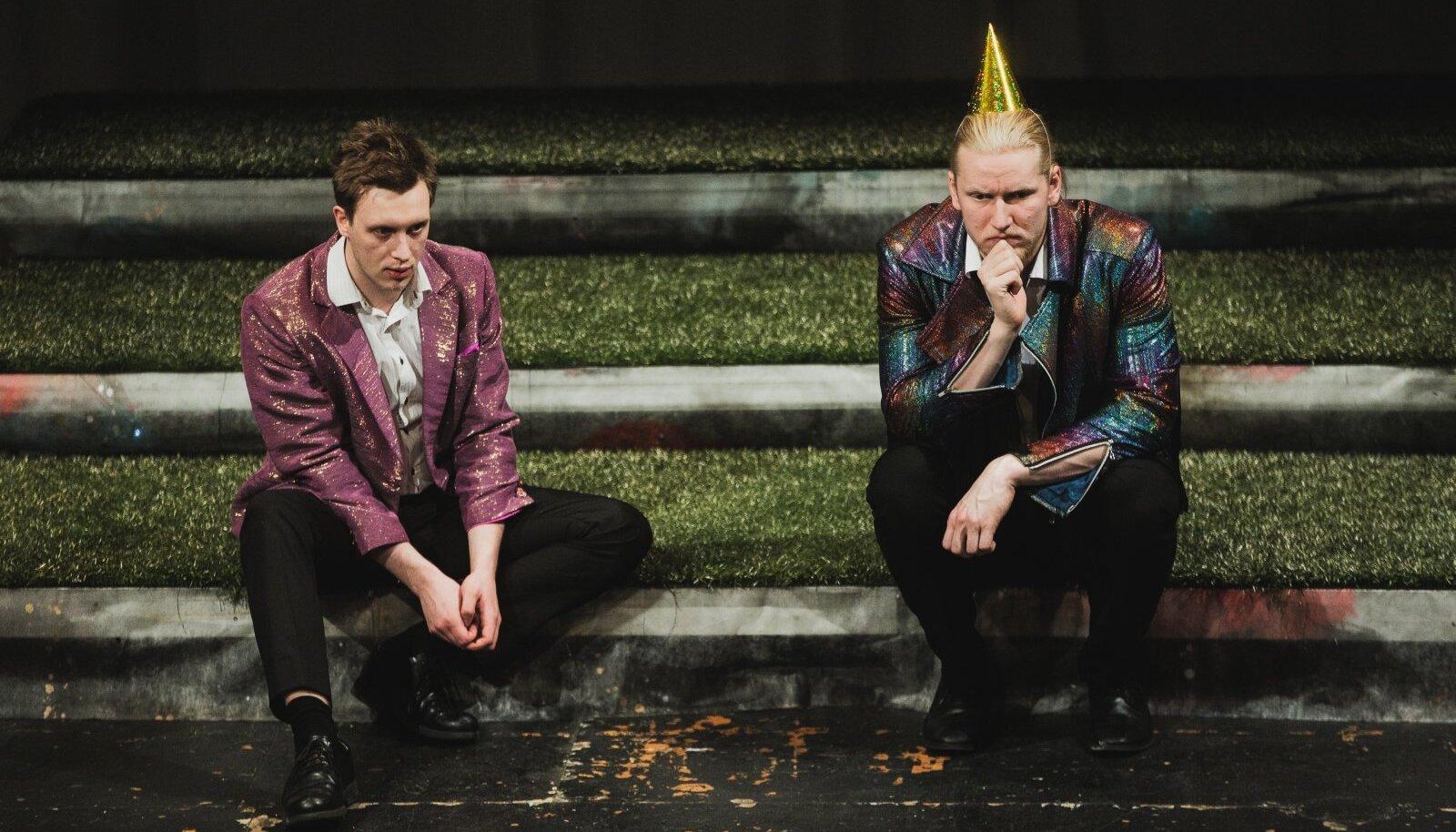 """KUIDAS ÜHENDADA LÕHESTUNUD ÜHISKONDA? Vastust sellele otsib sotsiaalmeediakampaania """"Kodukaar"""" meeskond (vasakult Andreas Aadel ja Martin Kork). """