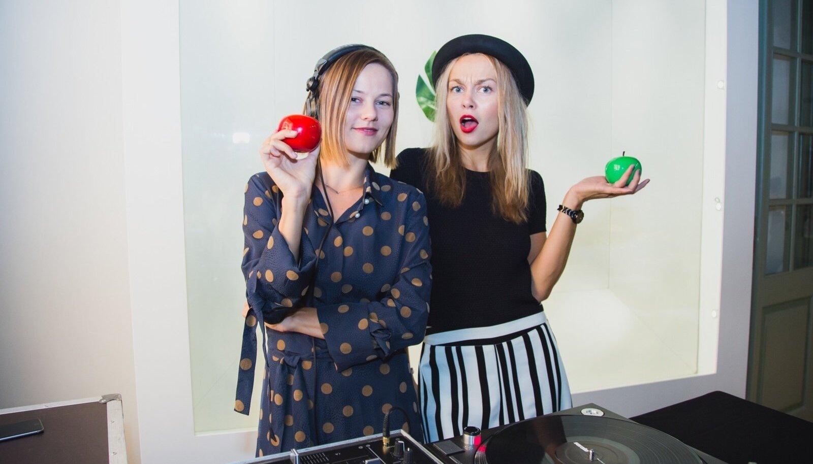 DJ Liisi Voolaid ja ajakirjanik Kelly Kipper