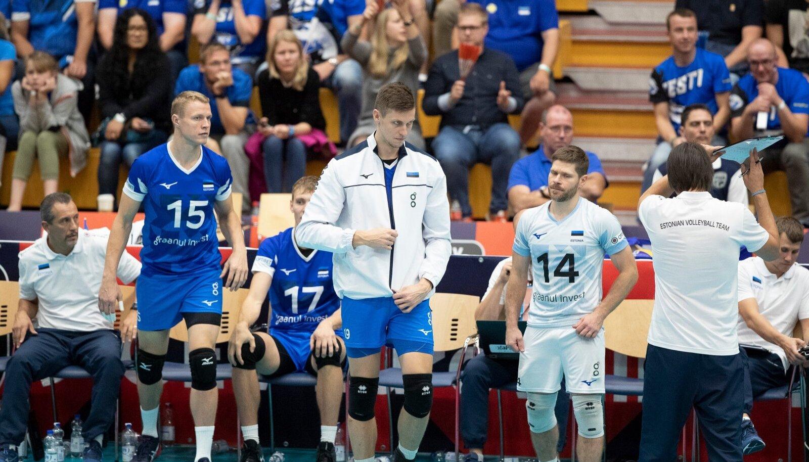 Eesti võrkpallikoondislased.