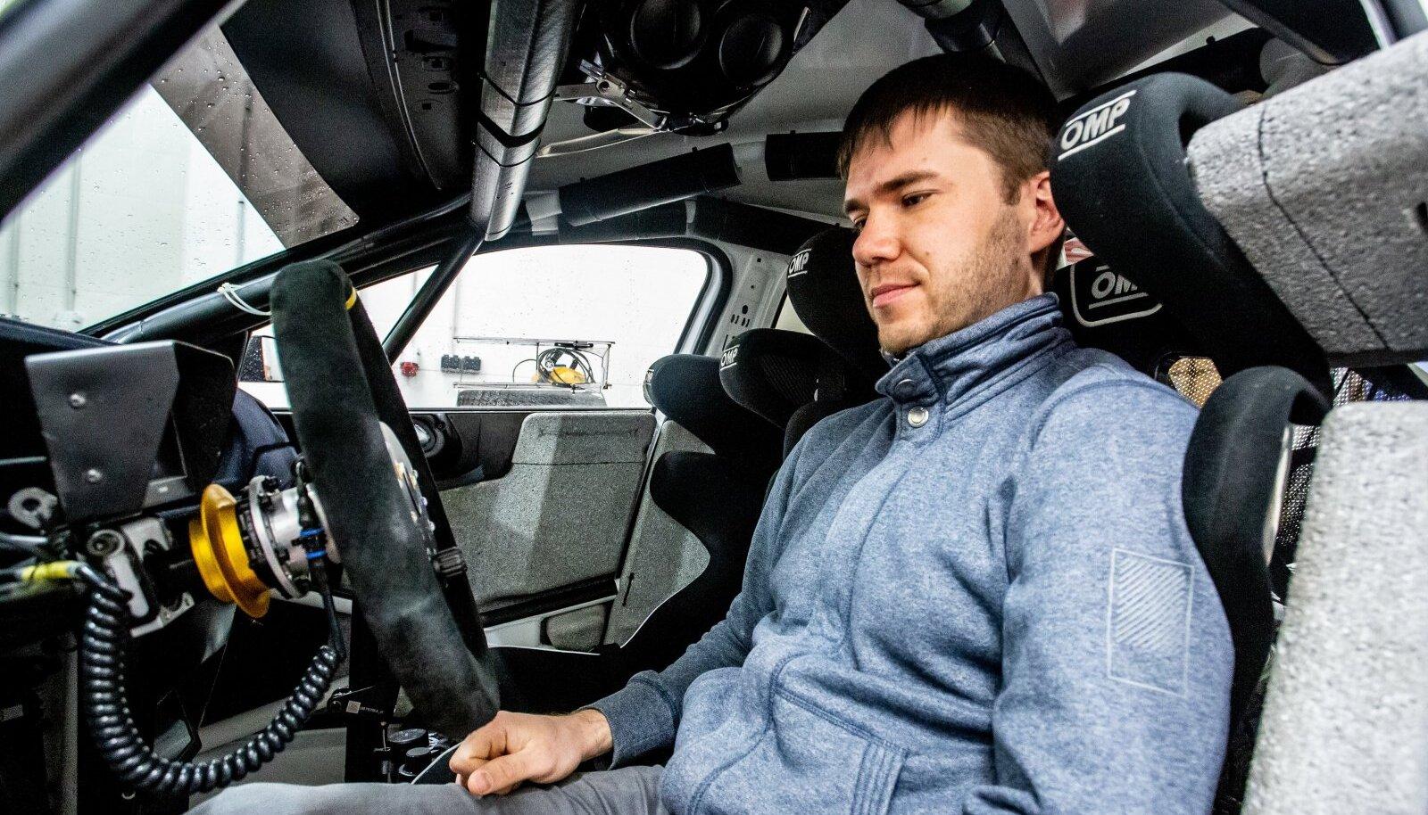 Egon Kaur sai vastse Volkswagen Polo R5 auto juba esimesel katsetusel kiiresti sõitma.
