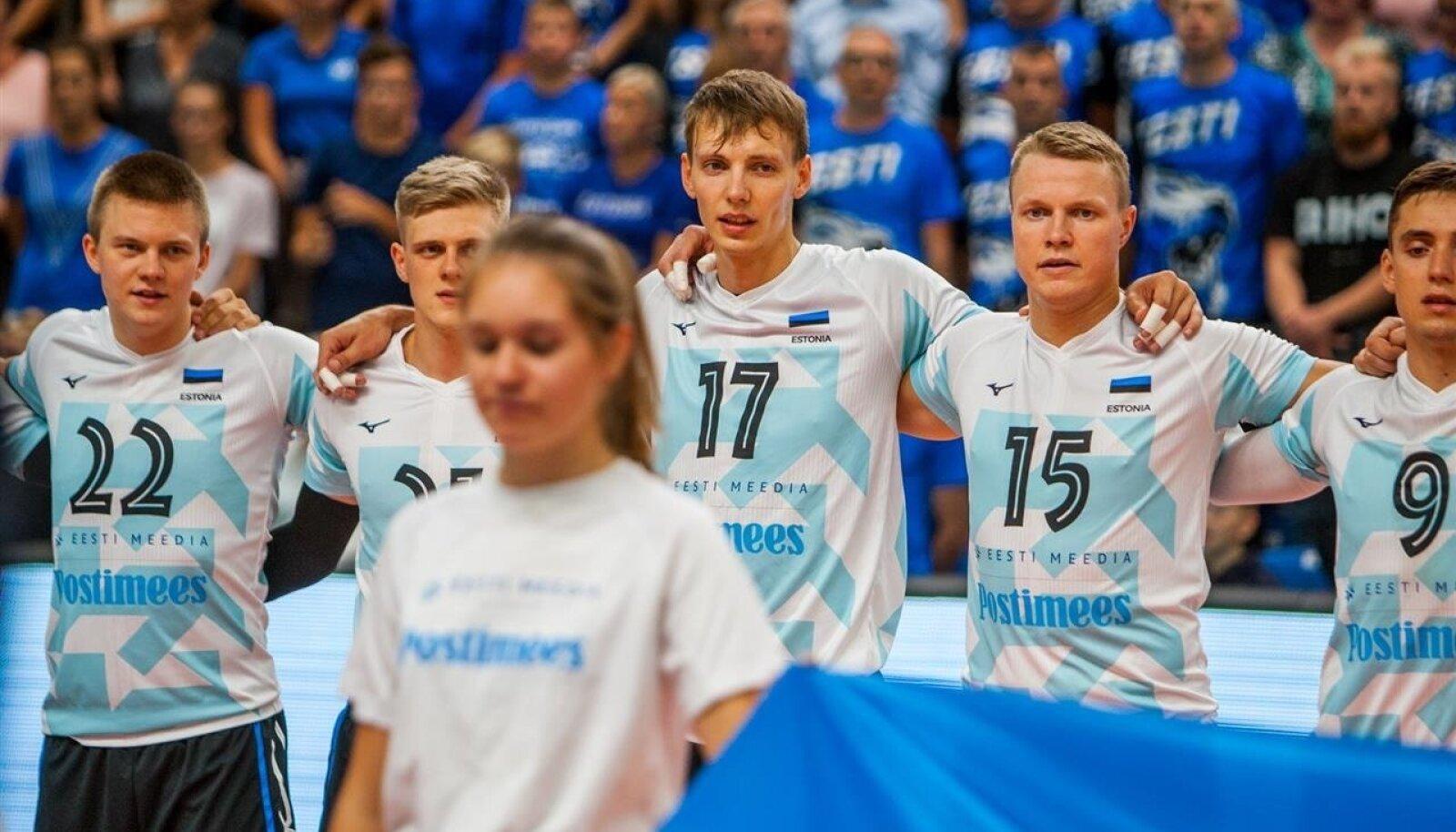 Markkus Keel (nr 22) teiste Eesti koondislaste kõrval