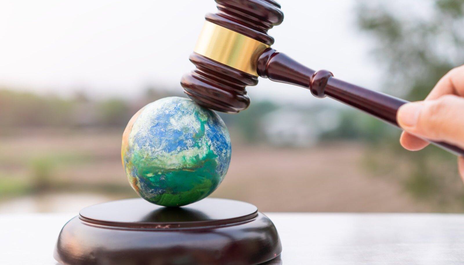Praegu pöörduvad inimesed üle maailma kohtusse, et kaitsta oma õigust puhtale keskkonnale.