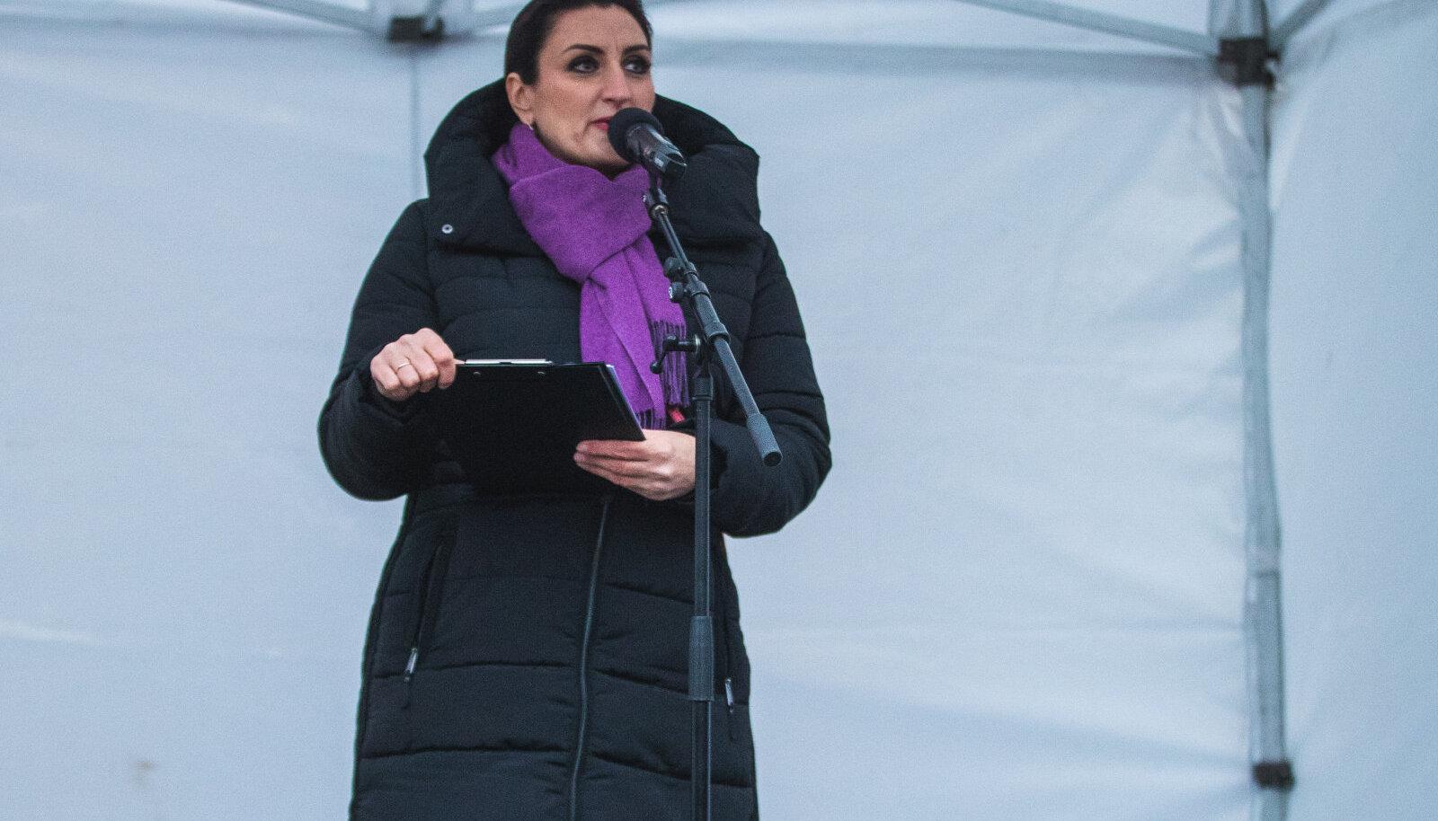 Carmen Pritson-Tamme maskivastaste meeleavaldusel