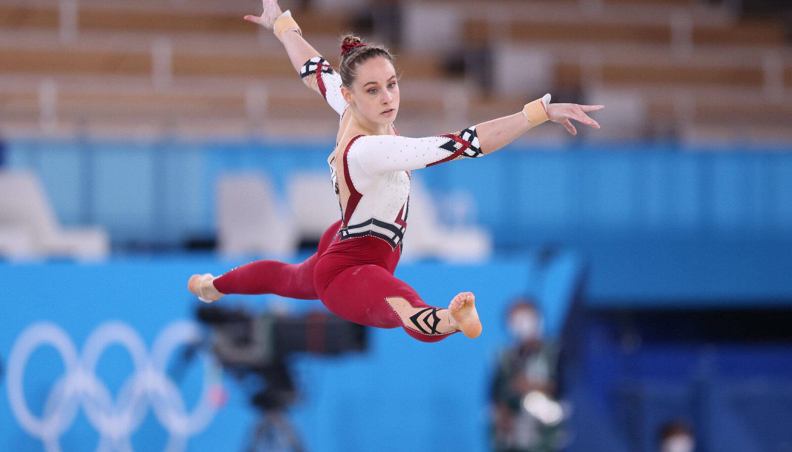 Сара Восс во время выступления на Олимпиаде в Токио