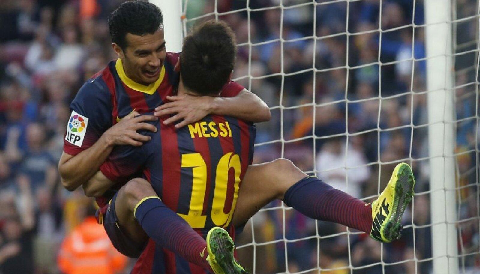 Pedro Rodiguez ja Lionel Messi.