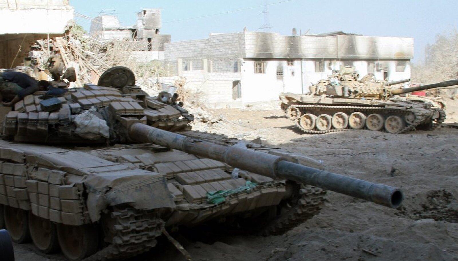 Süüria armee tankid Damaskuses