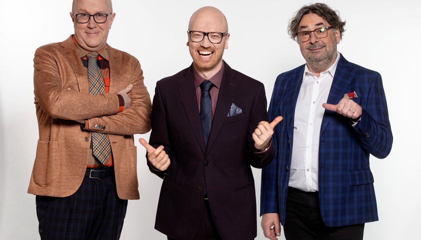 """""""Teletopi"""" tegijad Mart Juur, Mart Normet ja Peeter Oja lubavad luua nädala sündmustest mõnusa ülevaate, mis ei aja vaatajat kurjaks, vaid paneb naerma."""
