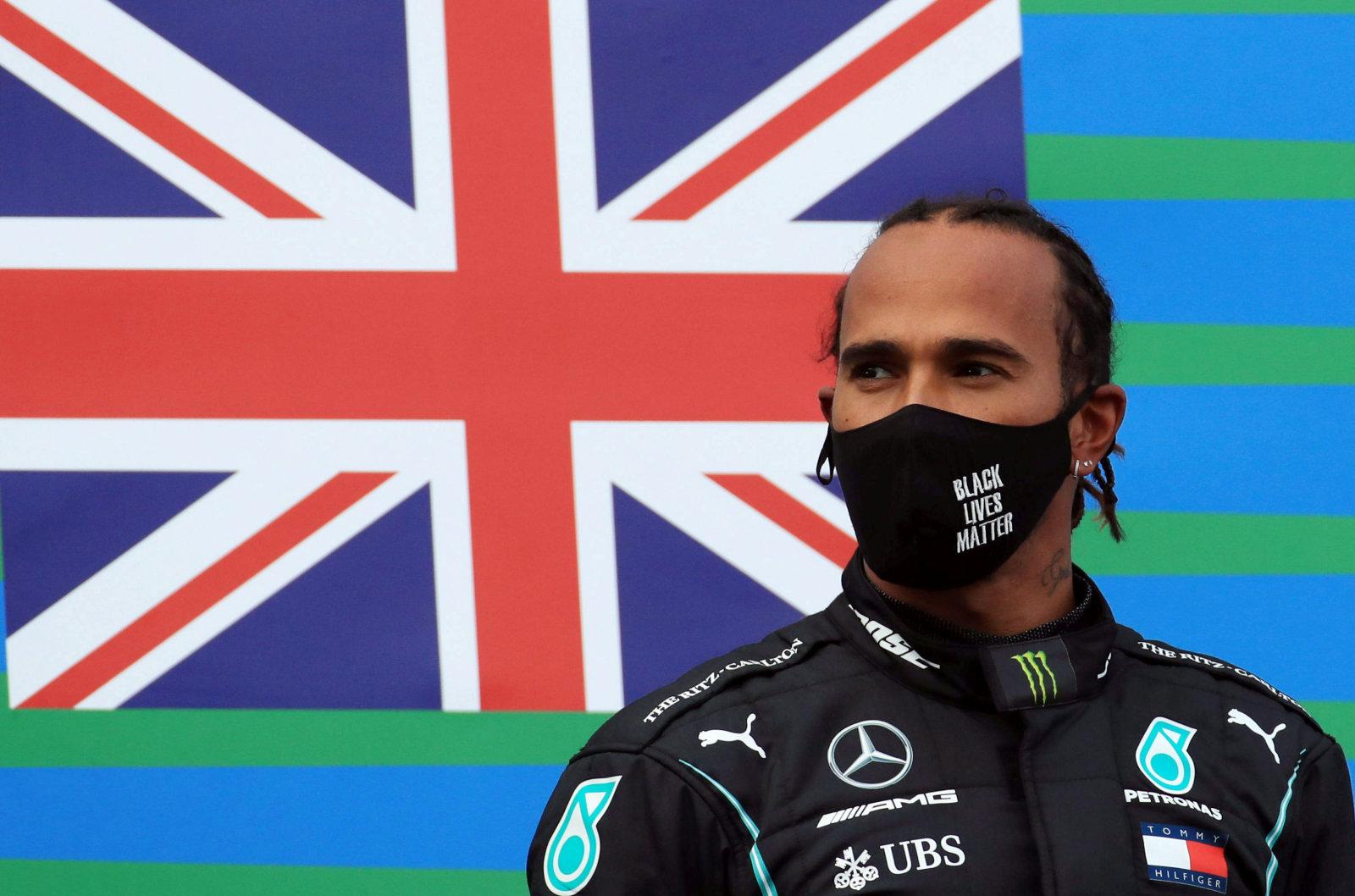 Endine tiimipealik Lewis Hamiltonist:  mina näitaksin talle ust