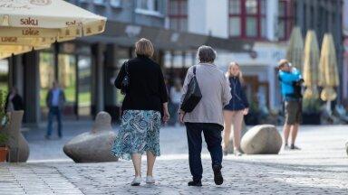 2020. aastaks oli Eesti naiste (pildil) eeldatav eluiga 82,8 ning meestel 74,4 aastat.