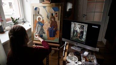 """Eestis on ikoonimaalija tööpõld lai. """"Ikoone tellitakse sinna, kuhu neid ei jätku. Vanades kirikutes on muidugi ikoonid olemas, kuid uutes kirikutes, näiteks Lasnamäe omas, pole neid piisavalt,"""" sõnab Anna Sviredetskaja."""