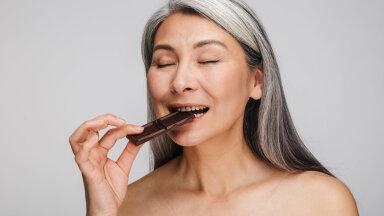 Magusasõbrad, rõõmustagem! 10 põhjust, miks šokolaadi ilma süümepiinadeta nautida
