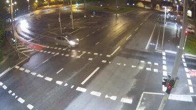 KARM VIDEO   Elektritõuksidega juhtunud liiklusõnnetused Tallinnas – reeglina on nad ise süüdi