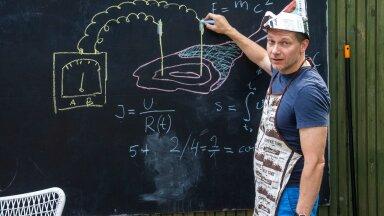 TEOORIAST KAH: Füüsik Andi Hektor selgitab joonisel, kuidas mõõta liha elektrijuhtivust. Saite pihta, eks?