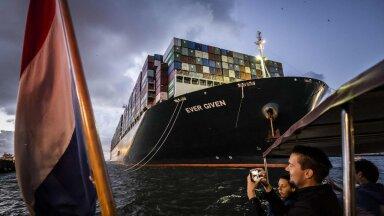 VIDEO | Suessi kanalis paksu pahandust korraldanud konteinerlaev saabus Rotterdami