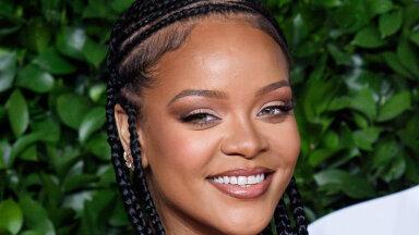 KLÕPS | Rihanna kandis moemaailma üht popimat ja tagaotsitumat käekotti