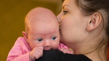 Vanemahüvitise ehk emapalga eesmärk on võimaldada vanemal väikelapsega kauem kodus olla ja seda hüvitist makstakse 435 päeva. Kui emal ei olnud õigust rasedus- ja sünnituspuhkusele, saab vanemahüvitist kuni lapse 18 kuu vanuseks saamiseni.