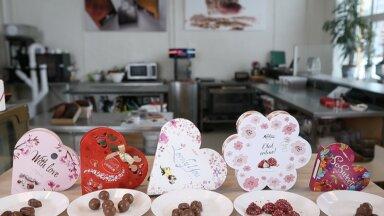 Sõbrapäevašokolaadide test | Šokolaadimeister ütleb, millise kommikarbiga on täna mõtet silmarõõmu võrgutama minna