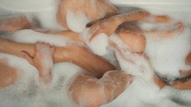 Unustamatu kogemus: seebiralli duši all küttis kõik kired lõkkele, siis mõnulesime vannis ja tegime seda uuesti