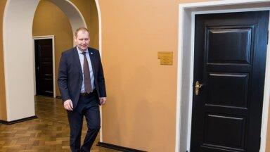 Maaeluminister Urmas Kruuse ei tea veel täpseid kokkuhoiukohti.