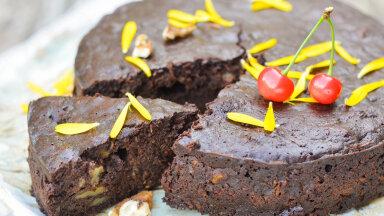 RETSEPTID | Maiustame tervislikult — paneme suvikõrvitsa koogi sisse! Neli viisi, kuidas suvikõrvitsast imehäid küpsetisi valmistada