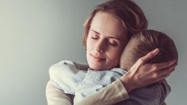 Psühhoterapeut: kui suhted lastega muudavad jõuetuks, võta seda kui emakogemuse lahutamatut osa
