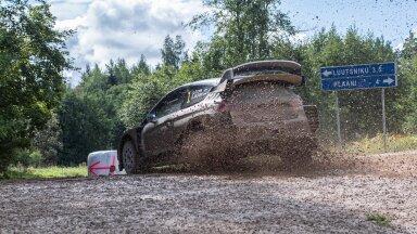 Georg Gross ja Raigo Mõlder panid Lõuna-Eesti teedel lõpuks enda ja oma WRC auto paremuse maksma.