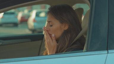 Milleks kannatada? Kui sul läheb autos istudes kergesti süda pahaks, toimi niiviisi