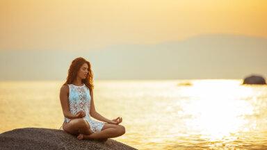Kuidas vähendada koheselt ärevust? Lihtne kõhuhingamise harjutus aitab närvisüsteemi rahustada