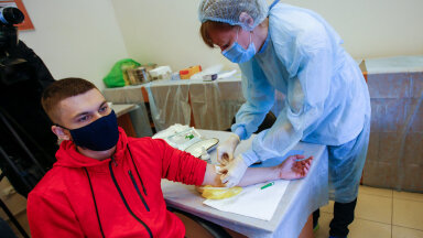 Venemaa ajateenija vaktsineerimine