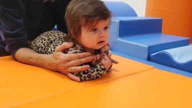 HEA TEADA | Lapse areng esimesel kolmel eluaastal. Mis ajaks peaks mida oskama? Millal tuleks otsida abi?