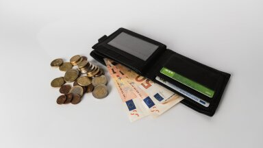 Тысячи жителей Эстонии получили уведомление от налоговиков, что должны будут доплатить: что делать