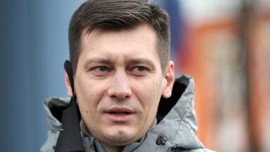"""Оппозиционер Гудков не верит, что санкции против РФ будут эффективными и советует Эстонии закупить """"Спутник"""" — он сделан не на деньги Путина"""