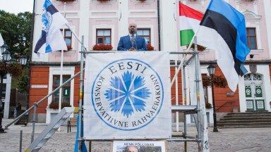 Henn Põlluaasa kampaaniaüritusel lehvis Ungari lipp.