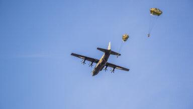 Õppuse Tractable raames maandunud langevarjurid olid pärit Ühendkuningriigi 16. õhudessandi brigaadist (foto: Karri Kaas / ajakiri Kaitse kodu!)
