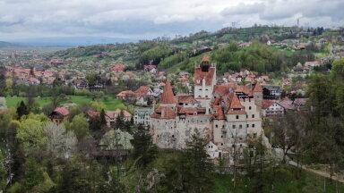 Замок Дракулы в Румынии стал центром вакцинации от коронавируса
