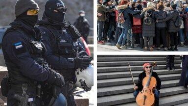 VIDEOÜLEVAADE | Grupikallidest märulipolitseini - sündmusterohke nädalavahetus viis protestijad Toompealt Vabaduse väljakule