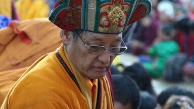 Gangteng rinpotše õpetab Umbusil ehtsat budistlikku tantrat
