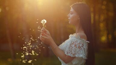 Mitte keegi ei pea sulle õnne andma, sina ise oled oma õnne sepp ja allikas